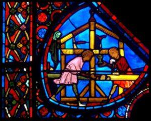 Art gothique. Bourges. Cathédrale St Etienne. Verrière de l'histoire de Joseph. Détail : charpentier. Vers 1210 1215. Vitrail.