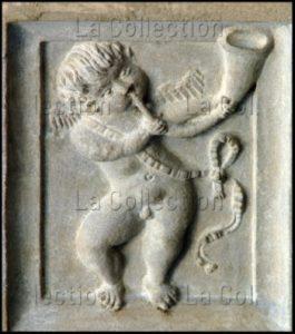 Renaissance. Bordeaux. Cathédrale St André. Angelot soufflant dans une corne. Vers 1530. Sculpture.