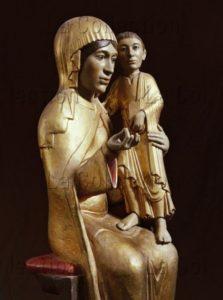 Art gothique. Vierge à l'Enfant. XIIIe siècle. Sculpture. Ussel (La Tourette). Eglise Notre-Dame.
