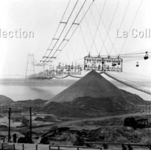 Peter Bock-Schroeder. URSS. Stalingrad. Convoyeurs de minerai. 1954. Photographie. Collection particulière.