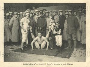 France. Première Guerre mondiale. Poilu's Park. Bert Gyll, Bobin's, Auguste et le petit Charles. 1915. Photographie. Collection particulière.