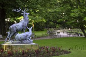 Paris. Jardin Du Luxembourg. Leduc, Arthur Jacques. Harde De Cerfs. Sculpture.