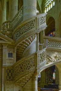 France. Paris. Église St Etienne Du Mont. Escalier Du Jubé. Architecture.