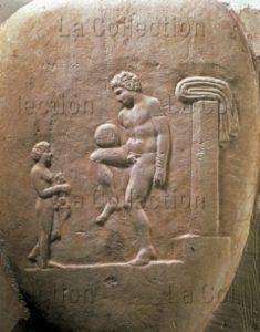 Art Grec. Epoque Classique. Jeu De Balle (Episkyros). Vers 350 Avt JC. Sculpture. Athènes, Musée National Archéologique.