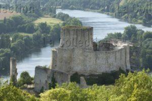Art Roman. Les Andelys. Château Gaillard. Vue D'ensemble Du Donjon Et L'enceinte De La Haute Cour. 1196 1198. Photographie.