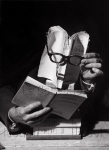 Lorelle, Lucien. Le livre lecteur. 1949. Photographie. Archives Philippe Gallois.