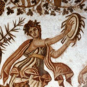 Art Romain. Cortège Triomphal De Dionysos. Détail : Bacchante Dansant Et Frappant Sur Un Tambourin. Début IIIe Siècle. Mosaïque. Sousse. Musée Archéologique.