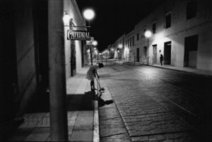 Michahelles, Sandro. Mexico Notturno. 1991. Photographie. Collection Particulière.