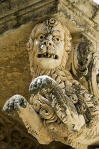 Sicile. Noto. Palais Nicolaci. Balcon. Détail : lion. 1720 1765. Sculpture.