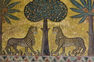 Sicile. Palerme. Palais des Normands. Salle Roger II. Détail : un arbre et deux léopards. Milieu Du XIIe Siècle. Mosaïque.