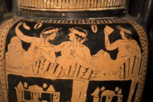 Art Grec. Cratère. Détail. Scène de banquet (symposium). Vers 450 425 avt JC. Céramique. Camarina, Museo Archeologico.