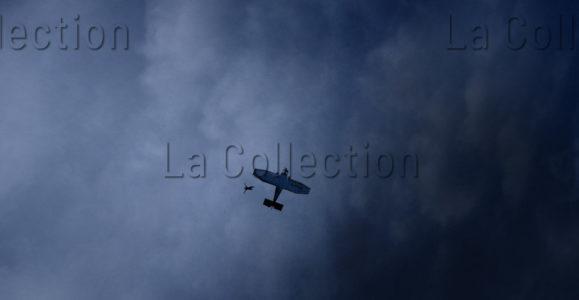 """Pons, Sébastien. """"Made In Heaven"""". Avion. 2015. Photographie. Collection Particulière."""