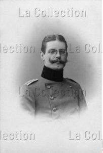 Portrait D'un Homme En Uniforme. Vers 1900. Photographie. Collection Particulière.