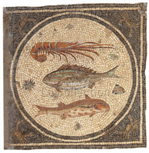 Art romain. Pavement en forme de damiers. Détail : langouste et poissons. IIIe siècle. Mosaïque. Tripoli. Musée.