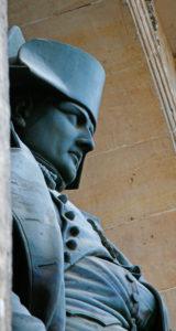 Paris. Hôtel des Invalides. Cour d'honneur. Napoléon par Charles Emile Seurre. Bronze. Photographie.