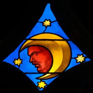 Renaissance. Auch. Cathédrale Ste-Marie. Desmoles, Arnaud. La Lune. Entre 1507 et 1515. Vitrail.